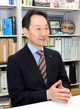観光学部・藤本学部長 (1).jpg