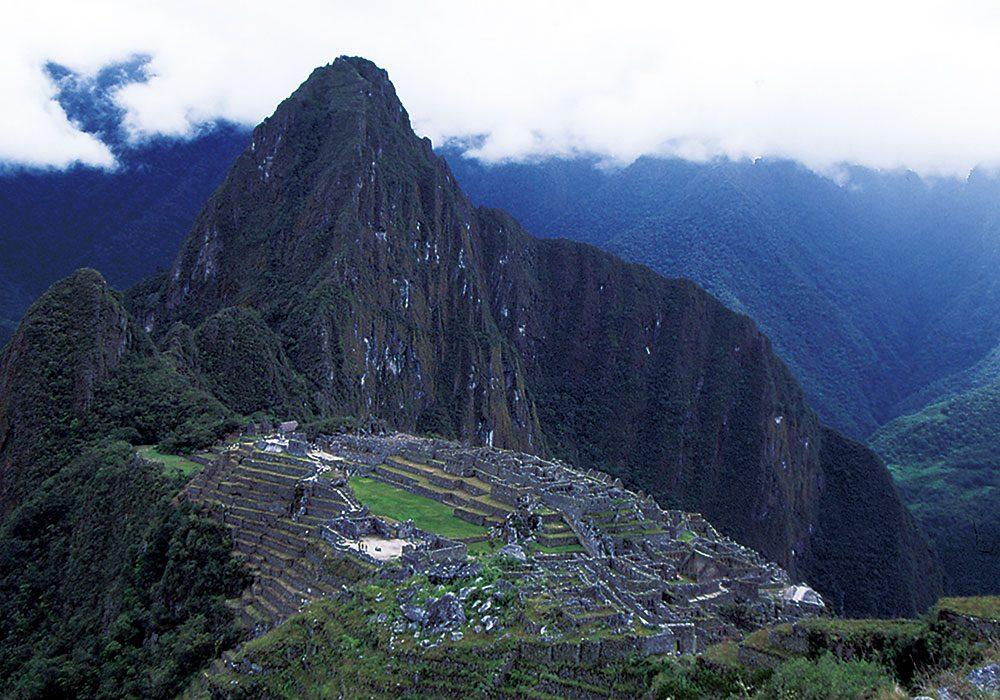 広範な学習内容を備えた観光学カリキュラムを構築