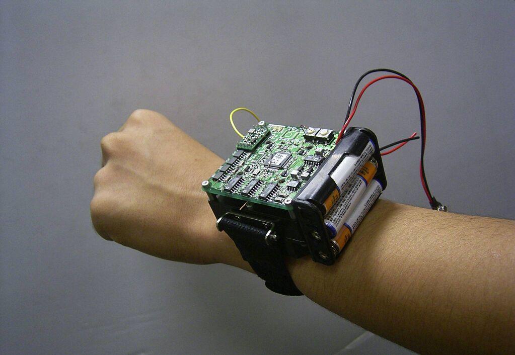 薄膜技術を用いた微小領域センサをによる,環境,生体センシング