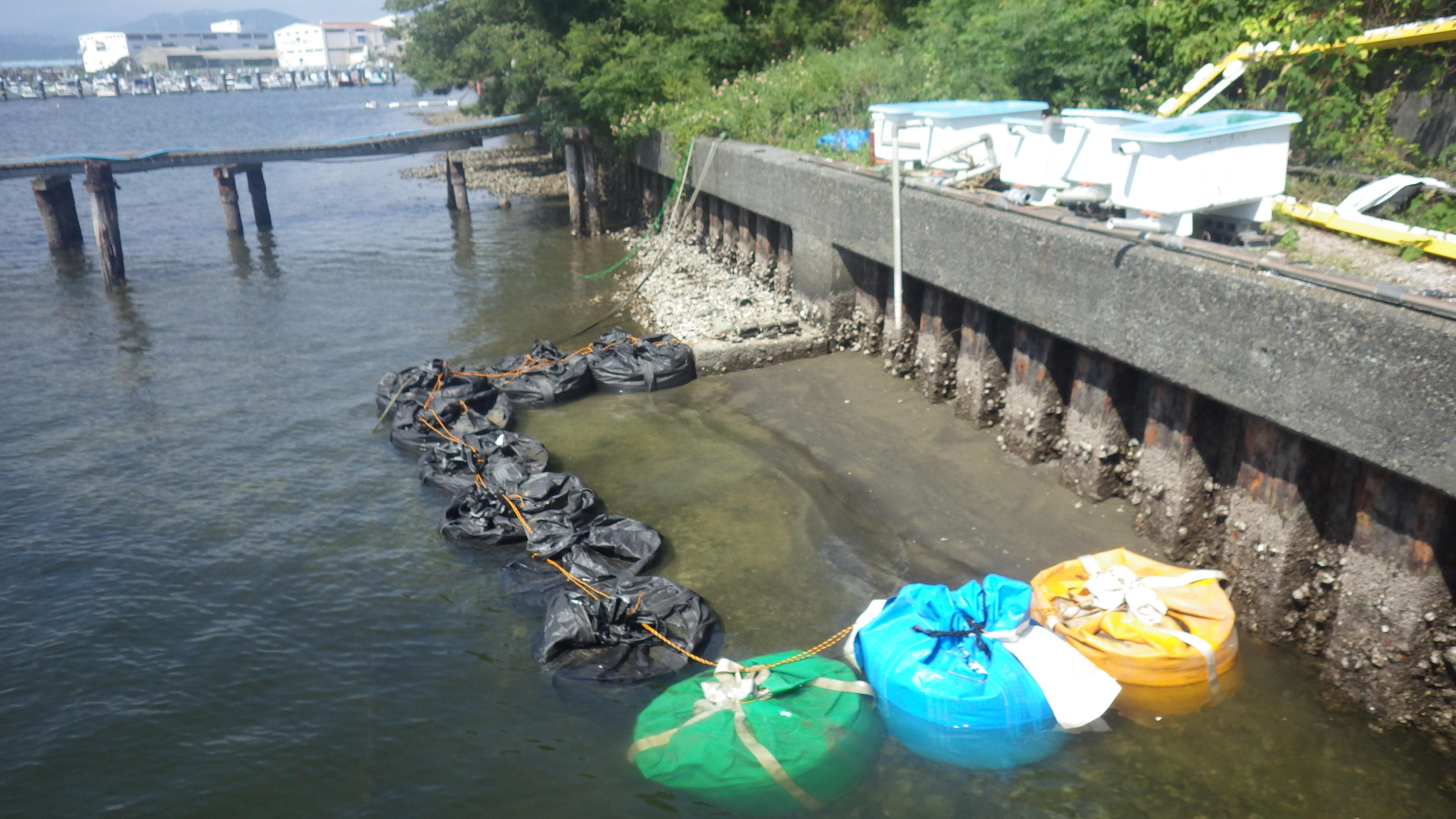 リサイクル材を利用した人工干潟の造成